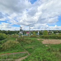 """Вид от железнодорожного моста на садовые участки """"Восход-2"""" и пос. Городищи"""