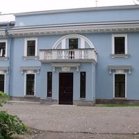 Здание бывшего клуба завода им. Воскова