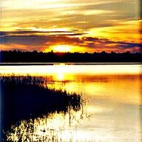 Закат на озере Пелено
