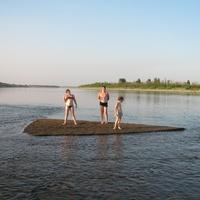 Бермудский треугольник. Намыло песок там, где Унжа впадает в Оку