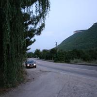 Дорога между гор
