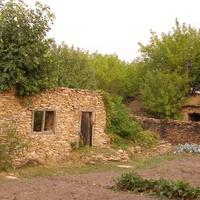постройка из дикого камня с Малоивановка