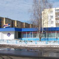 Магазин 1000 мелочей (бывший магазин спорттовары)