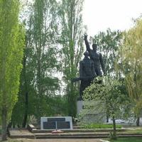 Памятник в Масычево