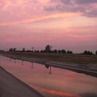 Марьевка, канал, закат