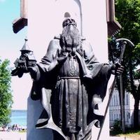Памятник (на 2012)
