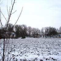 Вид с ул. Вокзальной в сторону школы