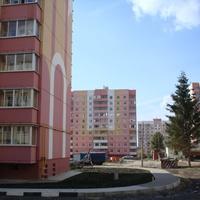 вид с ул. Кривошеина от входа в парк Маршалково