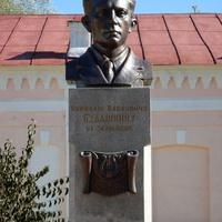 Памятник н п будашкину