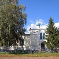 Введенская церковь в поселке Тим