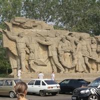 На Мамаевом Кургане в Волгограде находится самый известный и масштабный военный мемориал в России