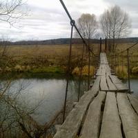 Лавы (подвесной мост) над рекой Протвой (д.Залучное)