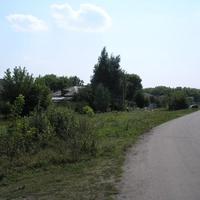 В домах слева жили заводские служащие