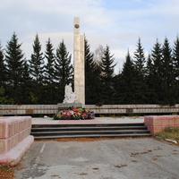 Памятник погибшим колыванцам в ВОВ.