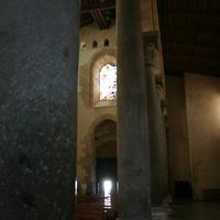 Коллоны в соборе