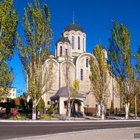 Церковь в центре