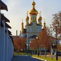 По дорожке к Святоварварской церкви