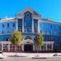 Здание в центре