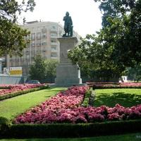 площадь перед музеем Прадо