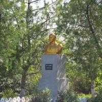 Памятник Ленину (Ульянову)