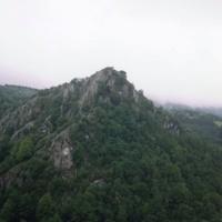 живописные горные склоны Сьерра-де-Аралар и Сьерра-де-Уркилья