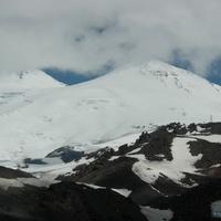Экскурсия на Эльбрус, снежные вершины