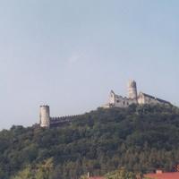 Готический замок Бездез.