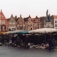 Площадь Брюгге.
