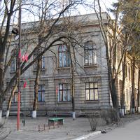 Здание медицинского училища