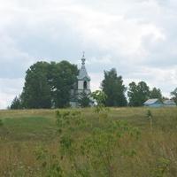 Старая церковь недалеко от Паревки и Ольховки