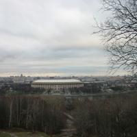 Вид с Воробьёвых гор / Стадион Лужники