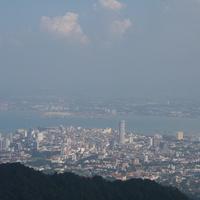 Джорджтаун. Вид на город с холма Пенанг Хилл.