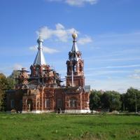 Приходская церковь.