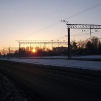 Солнце встаёт над станцией Быково