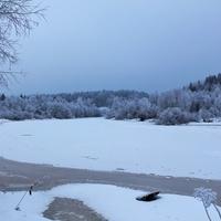 Малые Карелы. Река Корелка зимой.