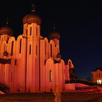 Церковь Серафима Саровского в ночи