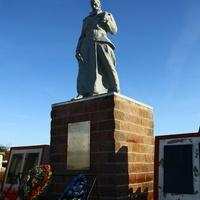 Памятник погибшим жителям деревни в годы ВОВ