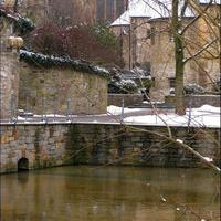Истоки реки Падер у Кафедрального собора Падерборна