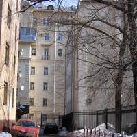 Октябрьская улица, 28