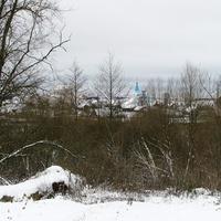 Вид на деревню и церковь св. Георгия со стороны бывшего замка Сапег