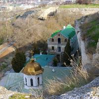 Инкерман.Вид на Свято-Климентский монастырь с горы