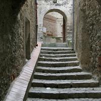 Средневековая улочка в Вильфранш-де-Конфлан