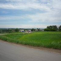 Шоссе и переезд через Транссибирскую магистраль (окраина Тайшета)