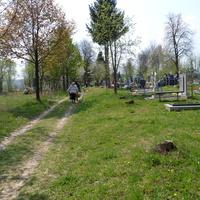 Вхiд на цвинтар