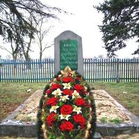 братская могила воинов 115 Кабардино-Балкарской кавалерийской дивизии погибших в июле 1942 года (до реконструкции)
