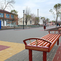 Обновленная центральная улица поселка