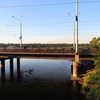 Мост через Кальмиус
