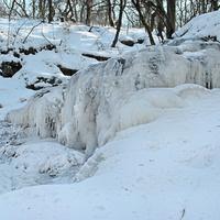 водопад в мороз