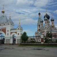 Кафедральный собор Преображения Господня (заложен в 1992-м году, освящён в 2004-м)