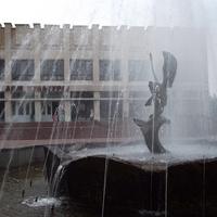 Дом культуры и фонтан